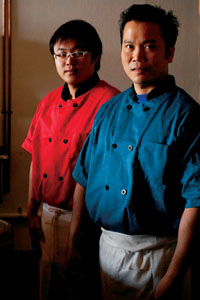 Chef Damh [front] and assistant Ming Pichidtamarat