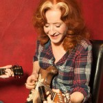 Bonnie Raitt photo credit Martina Chavez