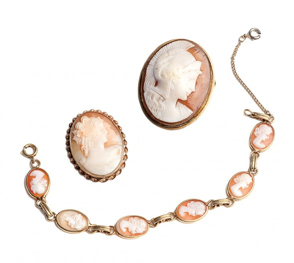 Two pins and a bracelet (beige and white cameo shell)