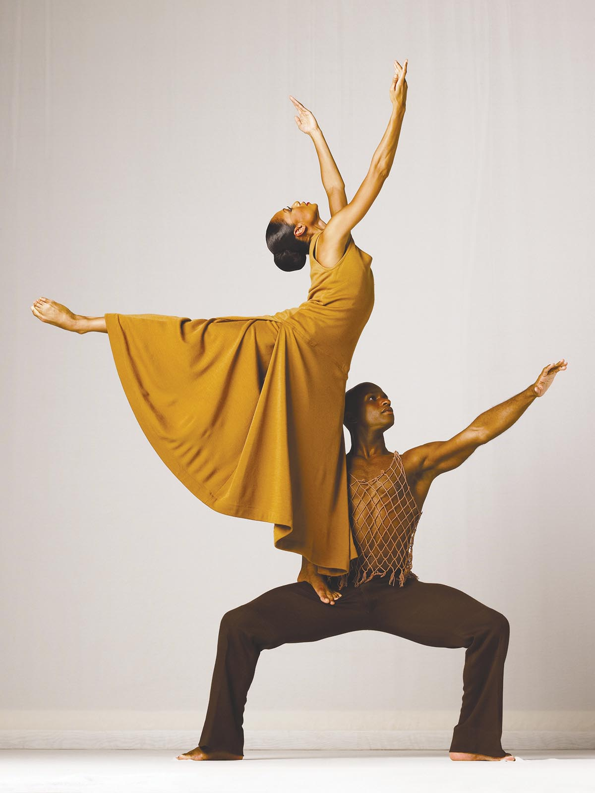 Alvin Ailey American Dance Theater's Linda Celeste Sims and Glenn Allen Sims in Alvin Ailey's REVELATIONS. Photo by Andrew Eccles