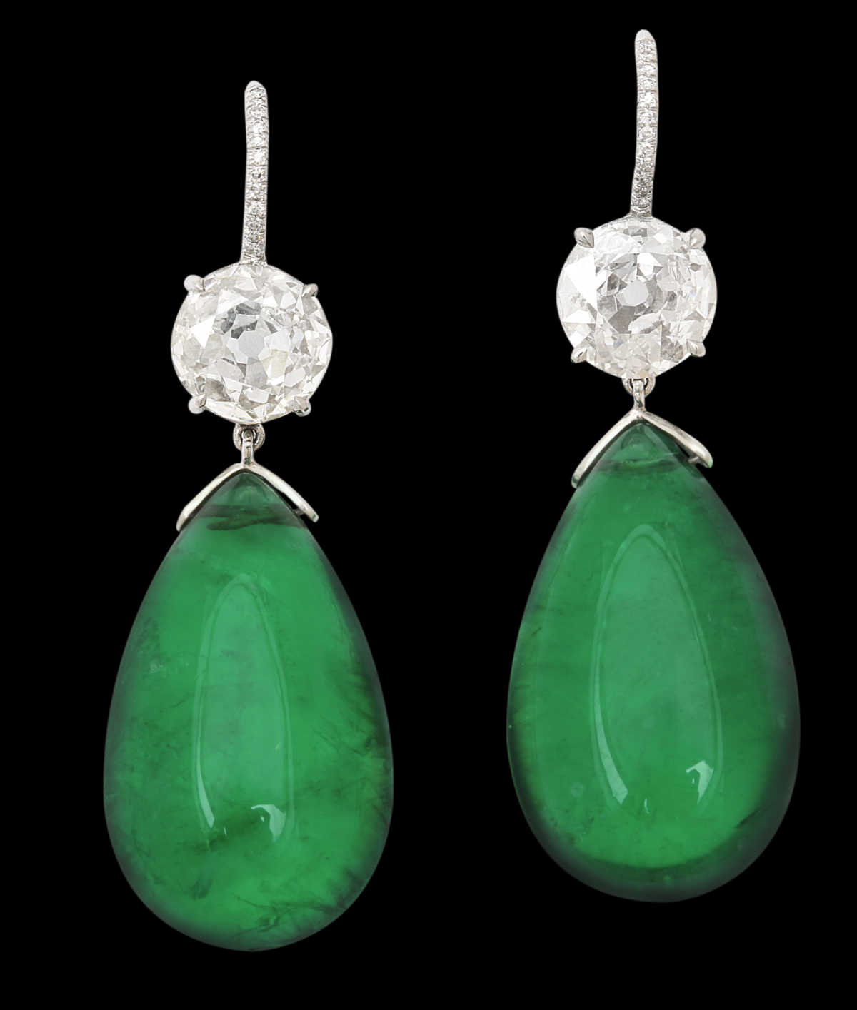 magnificent-emerald-earrings-over-85-carats