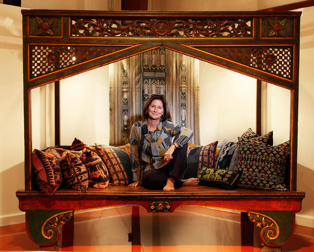 _MG_5713rt. magnificent Indonesian antique-furniture ... - Beauty In Bali, The Art Of Caye David And Jalan-Jalan -