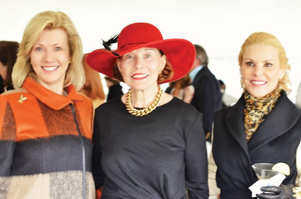 Chair Sylvia Bradbury, Eleanor Willis, Chair Ann Dobson – Sunday In The Park
