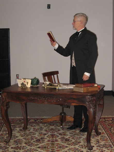 Richard Northcutt plays William Stillman