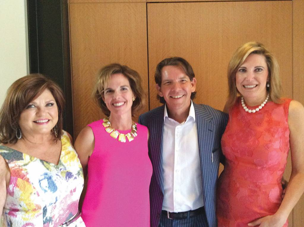 Co-chair Vicki Horne, Patti and Brian Smallwood, Co-chair Dara Russell – Symphony Fashion Show Patrons Party