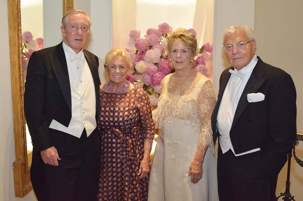 Tommy and Trish Frist, Bunny Williams, the recipient of the 2014 Swan Award, and John Rosselli