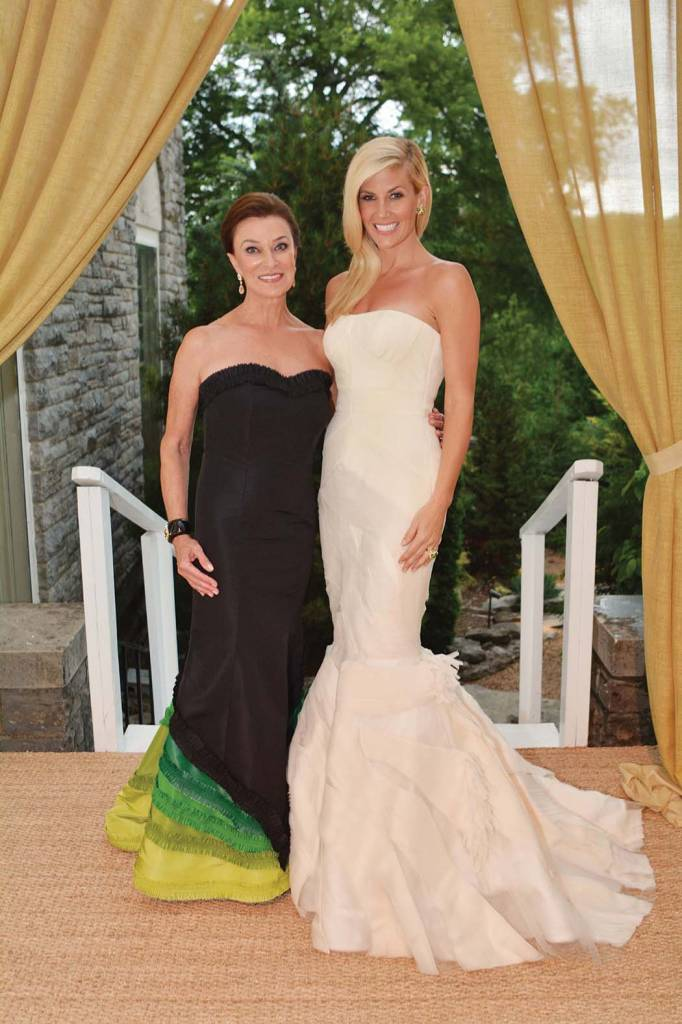 Swan Ball 2014 Chairs Peggy Kinnard and Betsy Wilt