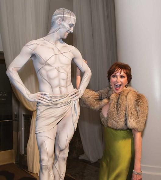 Sandra Lipman with living statue