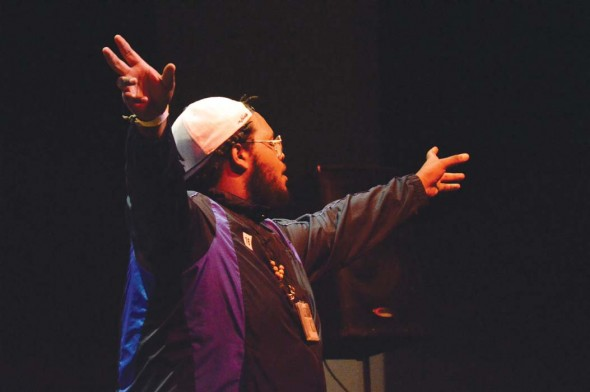 Sean Smith performs spoken word poetry at the Frist Center. Photograph by Lara Richardson