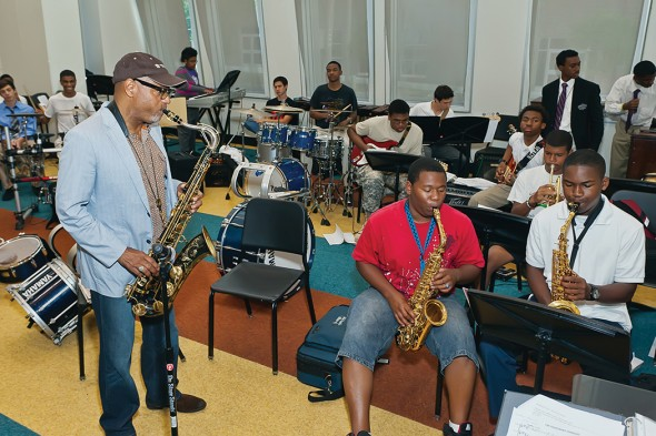 Students study under GRAMMY–winning musician and performer Kirk Whalum. Courtesy of the Soulsville Foundation